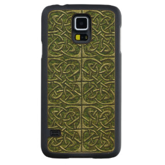 Moss Covered Stone Connected Ovals Celtic Pattern Carved Maple Galaxy S5 Case