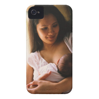 Mother breast feeding newborn Case-Mate iPhone 4 cases