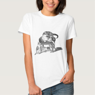 Mother Cat and Her Playful Kittens Tee Shirts