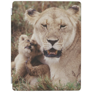 Mother lion sitting with her cub iPad cover