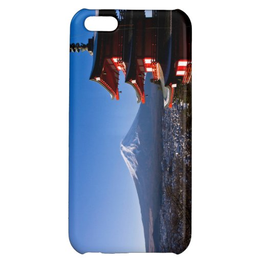 Mount Fuji and red pagoda iPhone 5C Case