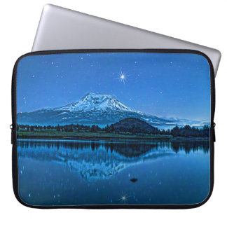MOUNT SHASTA BY STARLIGHT LAPTOP SLEEVE