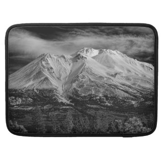 MOUNT SHASTA IN BLACK AND WHITE SLEEVE FOR MacBooks