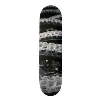 Mountain bike tires 20 cm skateboard deck