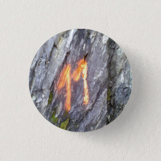 Mountain number 11 3 cm round badge