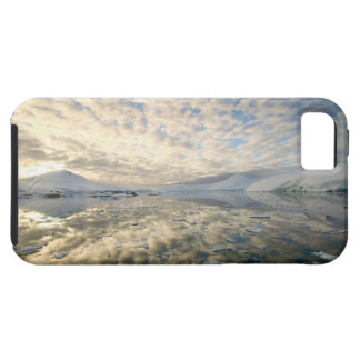 Mountain Ranges around Port Lockeroy with iPhone 5 Covers