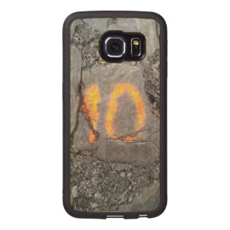 Mountain wall number 10 wood phone case