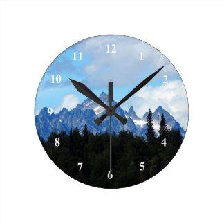 Mountains 77 Clock