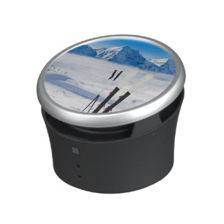 Mountains and ski equipment bluetooth speaker