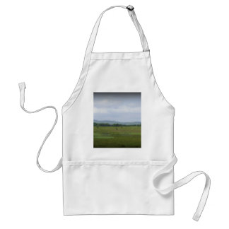 Mountains in the Distance Standard Apron