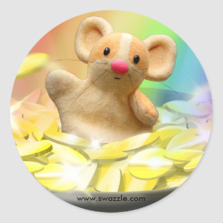 Mouse at the end of the rainbow round sticker