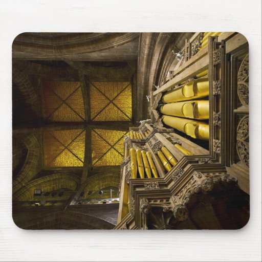 Mousepad of pipe organ and ceiling in Chester