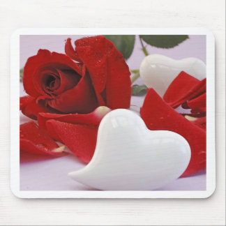 Mousepad talk rose with heart