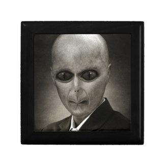 Mr Alien Gift Box