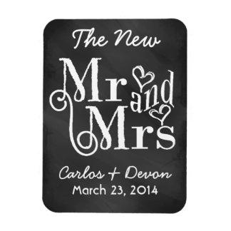 Mr and Mrs Chalkboard Wedding Souvenier Magnet