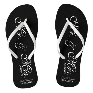 Mr and Mrs wedding flip flops for bride and groom