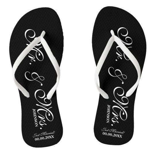 10fafffd30ec Mr and Mrs wedding flip flops for bride and groom
