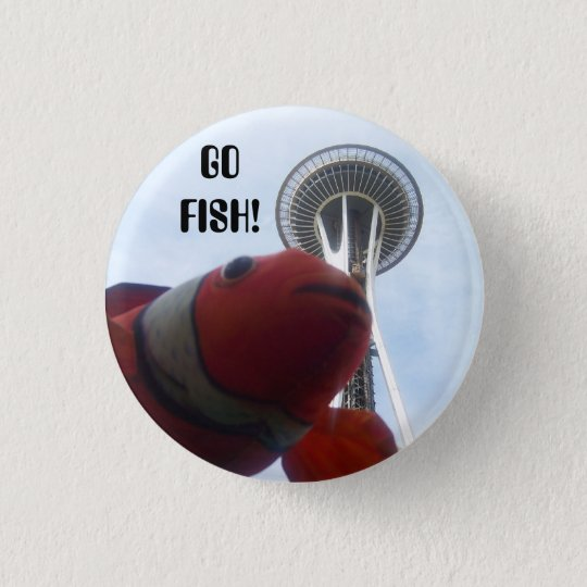 MR. Fish Goes to Seattle 3 Cm Round Badge
