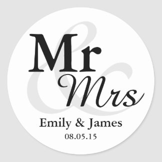 Mr&Mrs Simple Elegant Typography Wedding Favor Classic Round Sticker