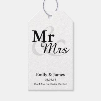 Mr&Mrs Simple Elegant Typography Wedding Favor Gift Tags