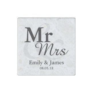 Mr&Mrs Simple Elegant Typography Wedding Favor Stone Magnet
