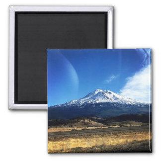 Mt. Shasta Magnet