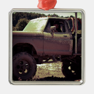 Mudbogging 4x4 Truck Christmas Ornament