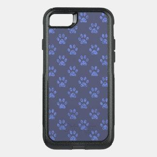 Muddy paw prints in dark Blue OtterBox Commuter iPhone 8/7 Case