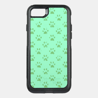 Muddy paw prints in Green OtterBox Commuter iPhone 8/7 Case