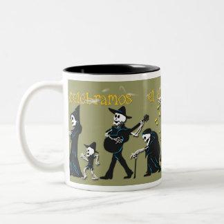 Muertos Coffee Cup Two-Tone Mug