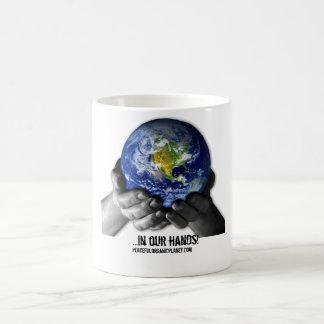 MUG- EARTH HANDS MORPHING MUG