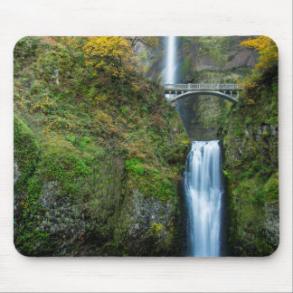 Multnomah Falls In Autumn In The Columbia Gorge Mouse Mat