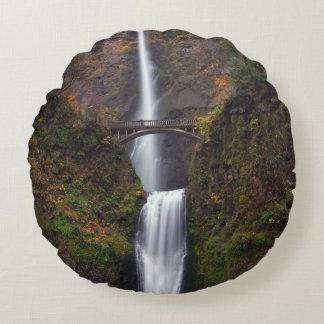 Multnomah Falls in late Autumn Round Cushion