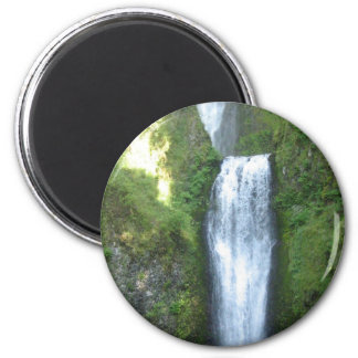 Multnomah Falls in Oregon Magnet