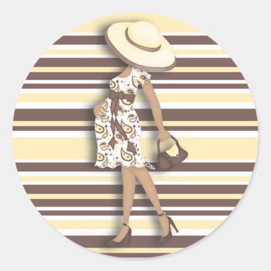 Mum to Be (dark skin) Yellow & Brown Striped Classic Round Sticker