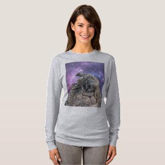 Mummy Meerkat And Her Pup, T-Shirt