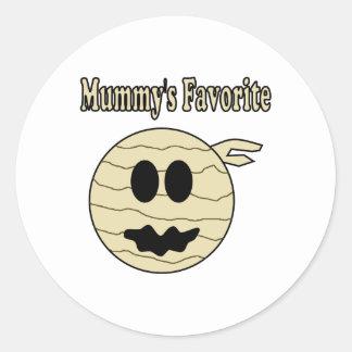 Mummy's Favorite Round Sticker