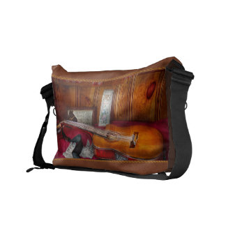 Music - Guitar - That old country feel Messenger Bags