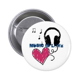 Music is love 6 cm round badge