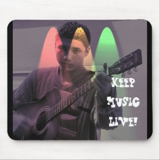 Music should be kept alive mousepads