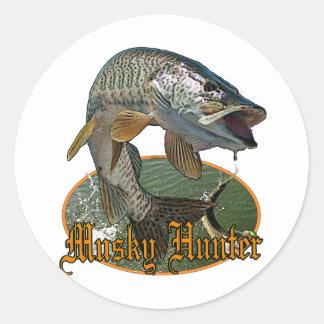 Musky Hunter 9 Round Sticker