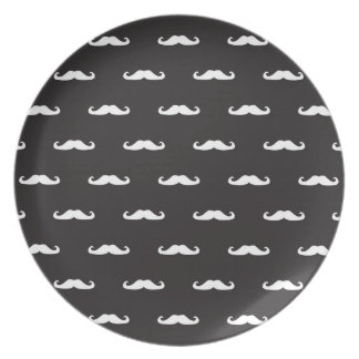 Mustache hipster pattern party plates
