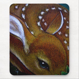MY BABY FAWN Mousepad