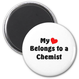 My heart belongs to a Chemist 6 Cm Round Magnet