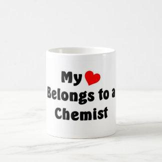 My heart belongs to a Chemist Mugs