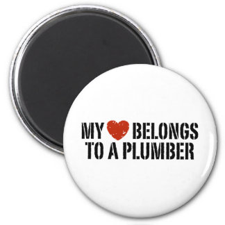 My Heart Belongs To A Plumber 6 Cm Round Magnet