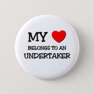 My Heart Belongs To An UNDERTAKER 6 Cm Round Badge