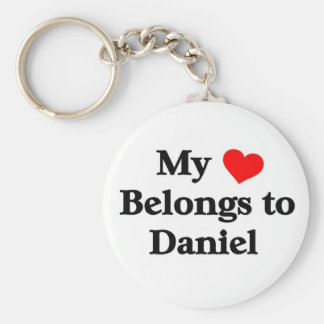 My heart belongs to daniel basic round button key ring