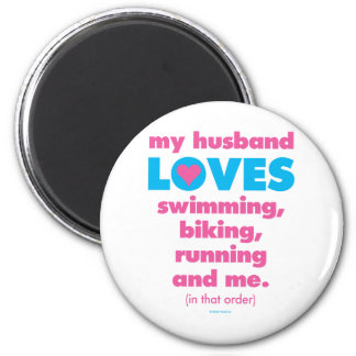 My Husband Loves Triathlons (Text Only) 6 Cm Round Magnet