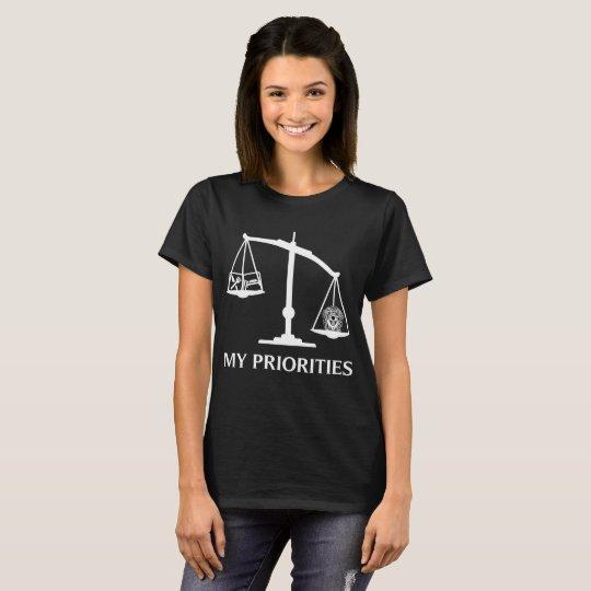 My Priorities Golden Retriever Tips Scale Art T-Shirt